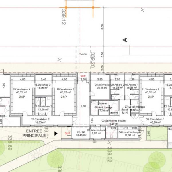 le-creusot-la-1ere-pierre-des-nouveaux-vestiaires-du-cocb-a-ete-posee-151002
